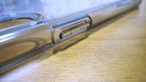 iPhoneX-Spigen-Hybrid-ClearCase電源ボタンサイド