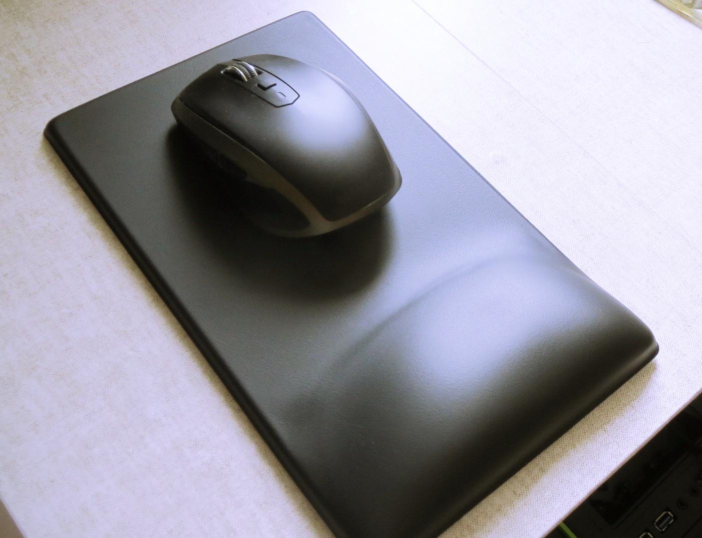 ELECOM Healthcare FITTIO Mouse on Pad
